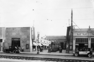Hollywood Boulevard Entrance, 1924